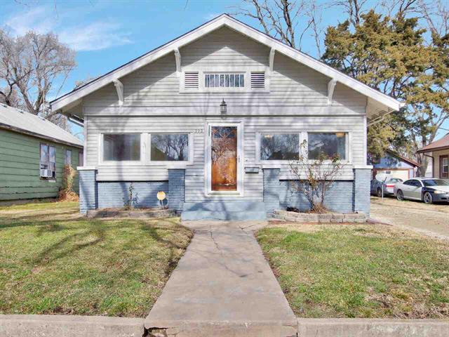 For Sale: 222 E Columbia Ave, Augusta KS
