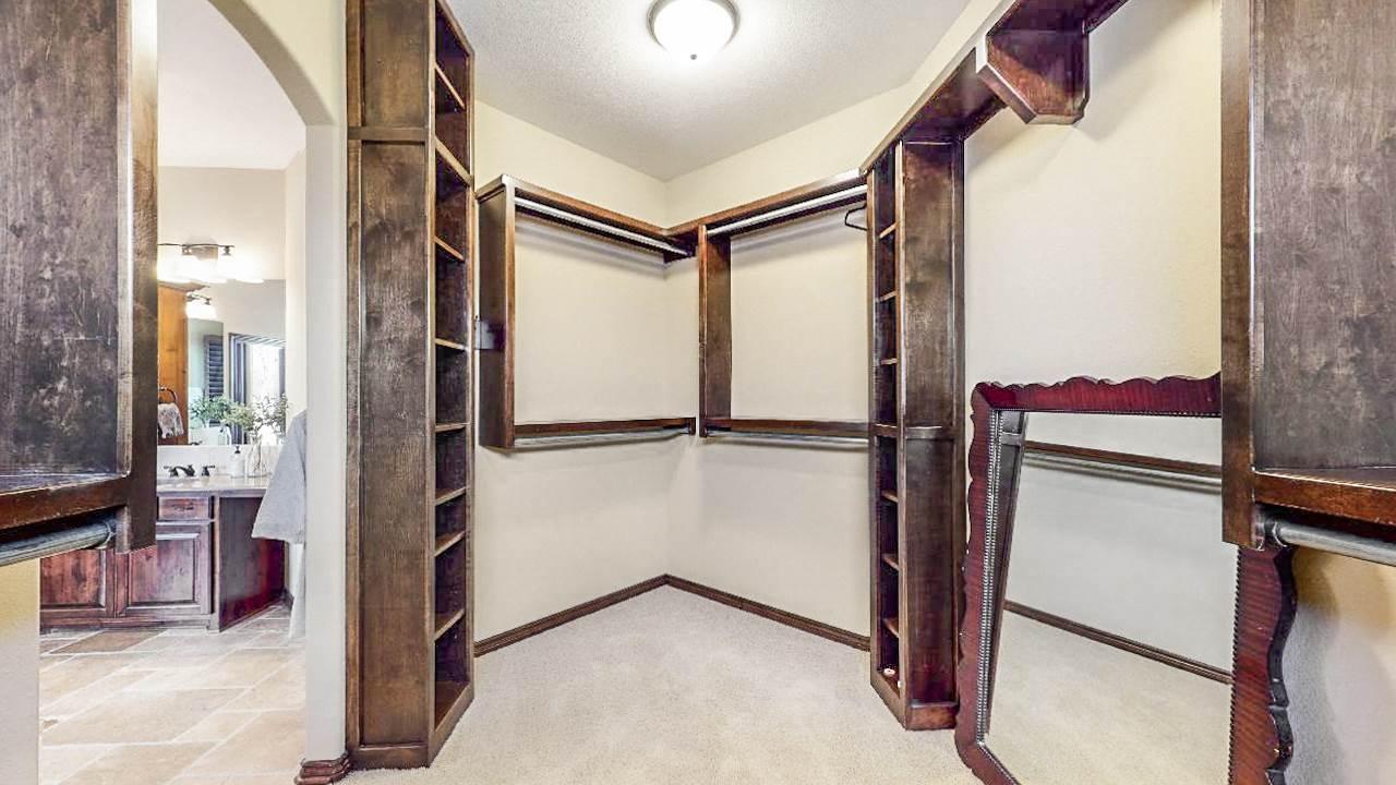 For Sale: 918 E Lakecrest, Andover KS