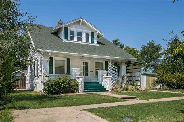 For Sale: 113 S Oak, Eureka KS