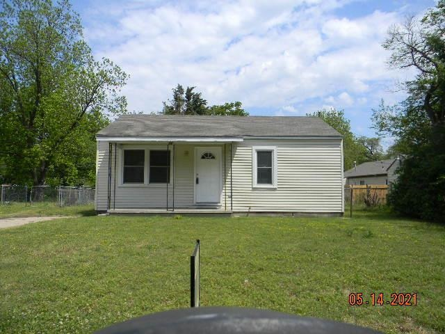 For Sale: 210 W Summey, Haysville KS