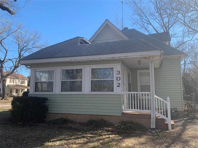 For Sale: 302  Indiana St, Winfield KS