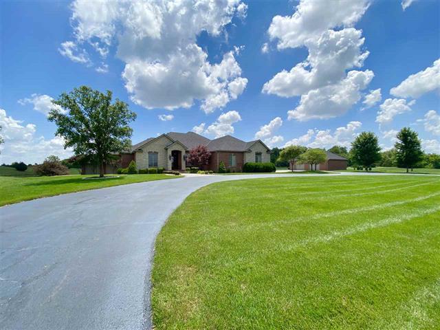 For Sale: 2900  Cedar Ridge Cir, Hutchinson KS