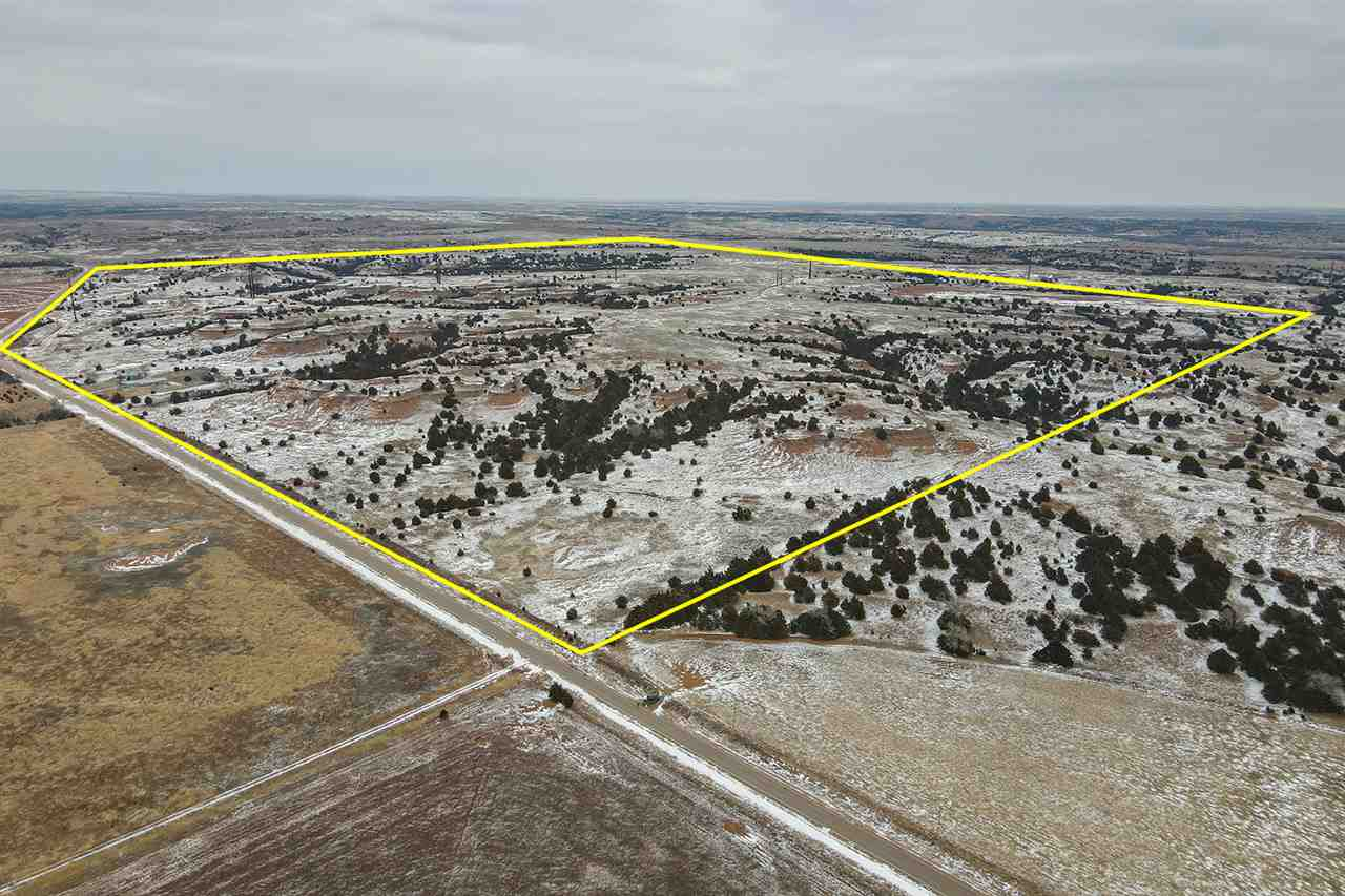 For Sale: 578 +/- Acres  on NW Sun City Rd in Lake City, Lake City KS