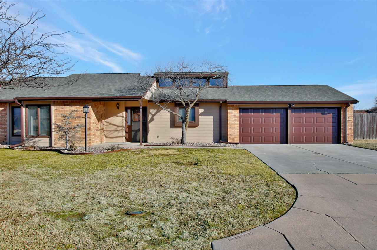 You won't want to miss this Twin Home! ALMOST ZERO ENTRY! This lovely home is completely move-in rea