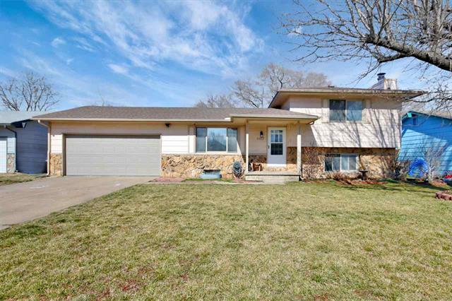 For Sale: 4417 S Washington Ct, Wichita KS