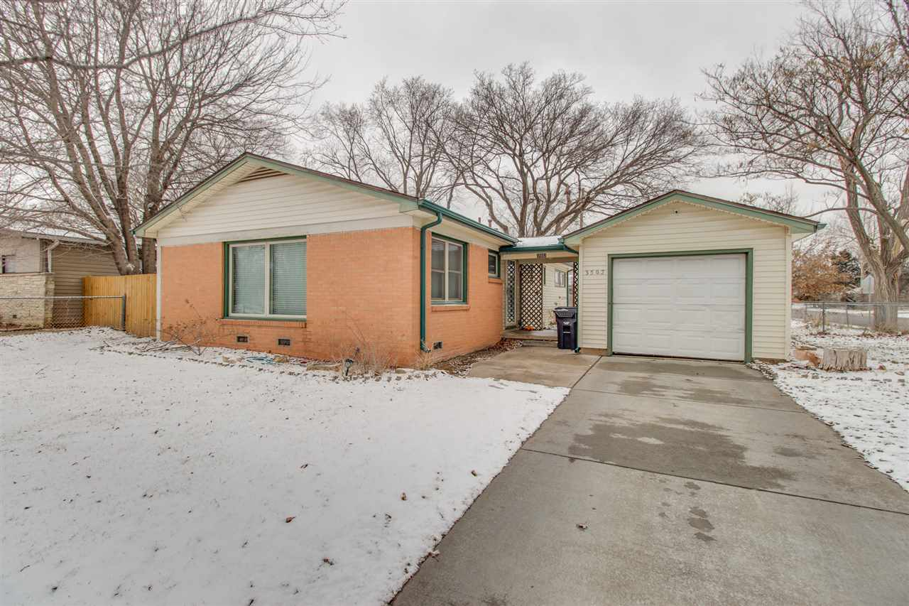 3 bedroom 1 bath, NW area great home for starter or sizing down.  Just newly remodeled kitchen, upda