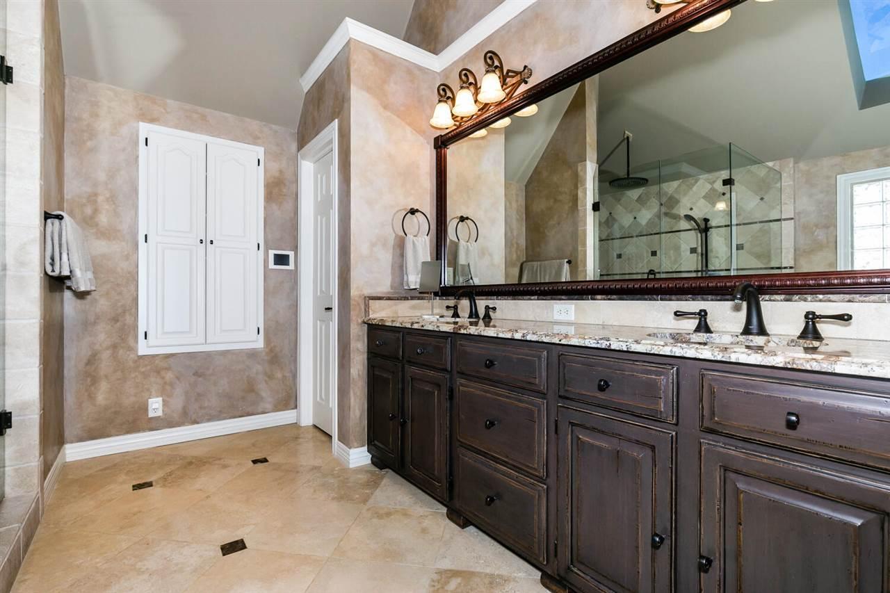 For Sale: 13812 E PINNACLE DR, Wichita KS