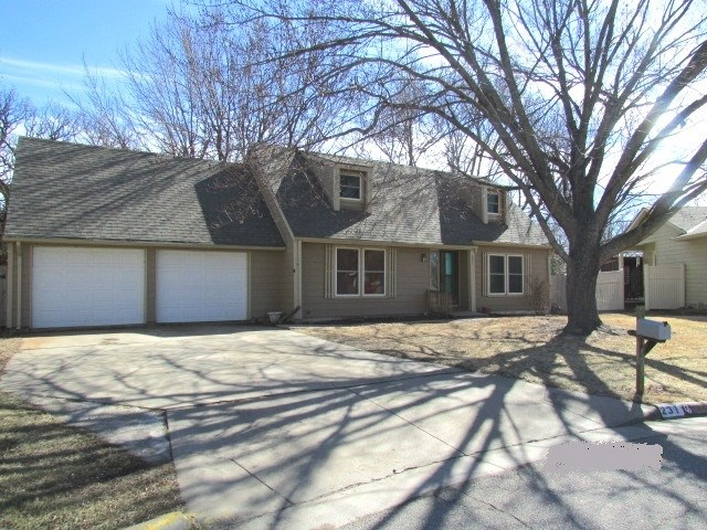 For Sale: 231 E PARK PLACE CT, Derby KS