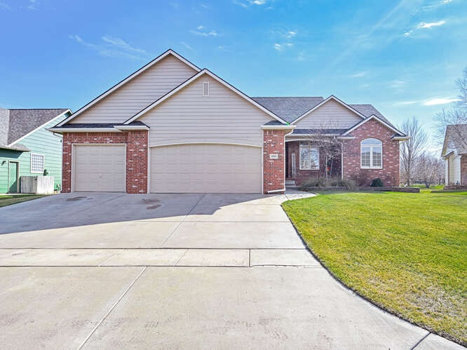 Beautiful 5 bedroom, three bath split bedroom floor plan home is located in Highland Springs.  Over