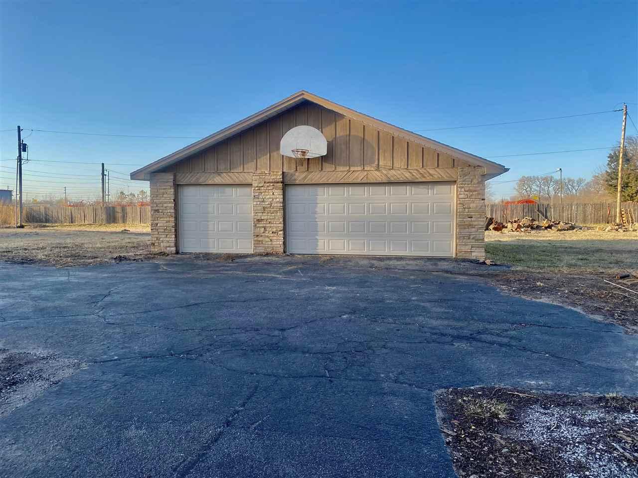 For Sale: 3930 W Macarthur Rd, Wichita KS