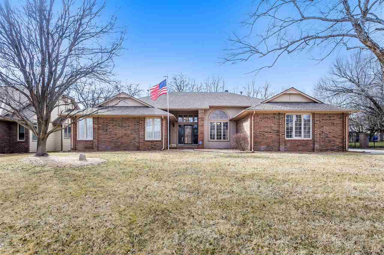 This beautiful home in the desirable Briarwood Estates neighborhood combines fantastic space and an