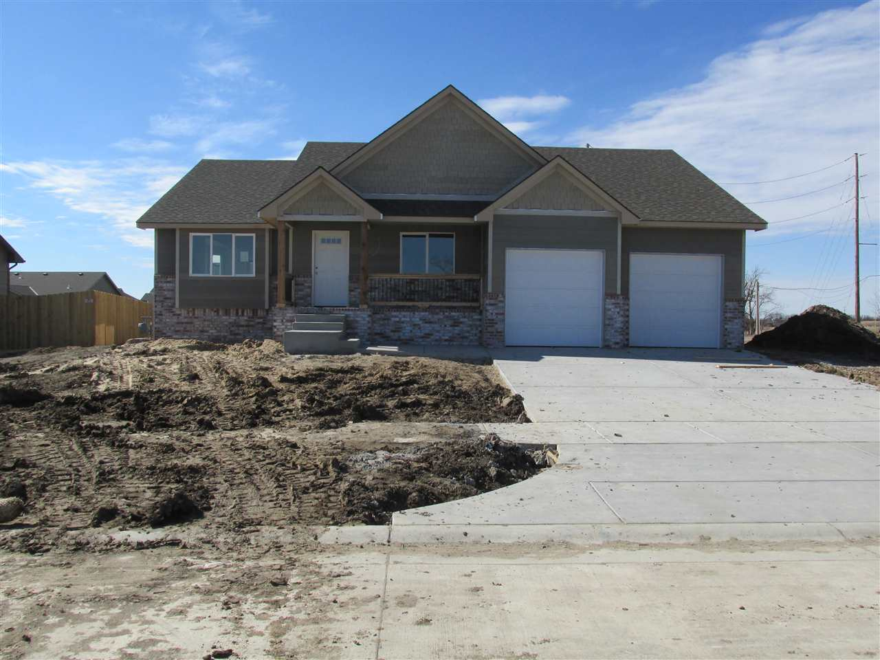 Popular Floor Plan in the Rock Spring Subdivision**This Spacious 2 Bedroom, 2 Bath Ranch has an Isla
