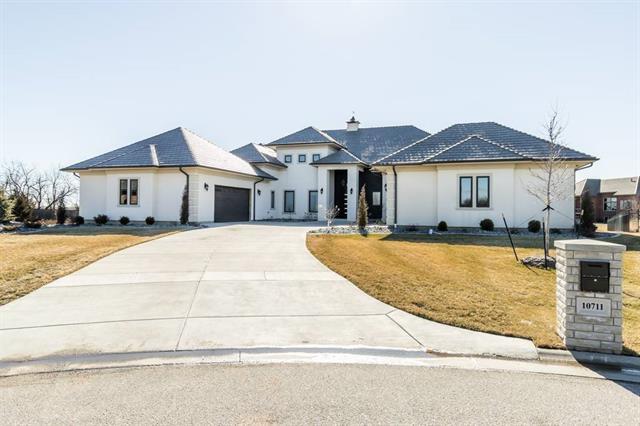 For Sale: 10711 E SUMMERFIELD CIR, Wichita KS