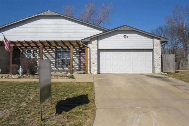 For Sale: 8722 E LONGLAKE CIR, Wichita KS
