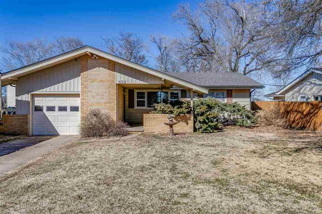 For Sale: 600 E 10th Ave, Belle Plaine KS
