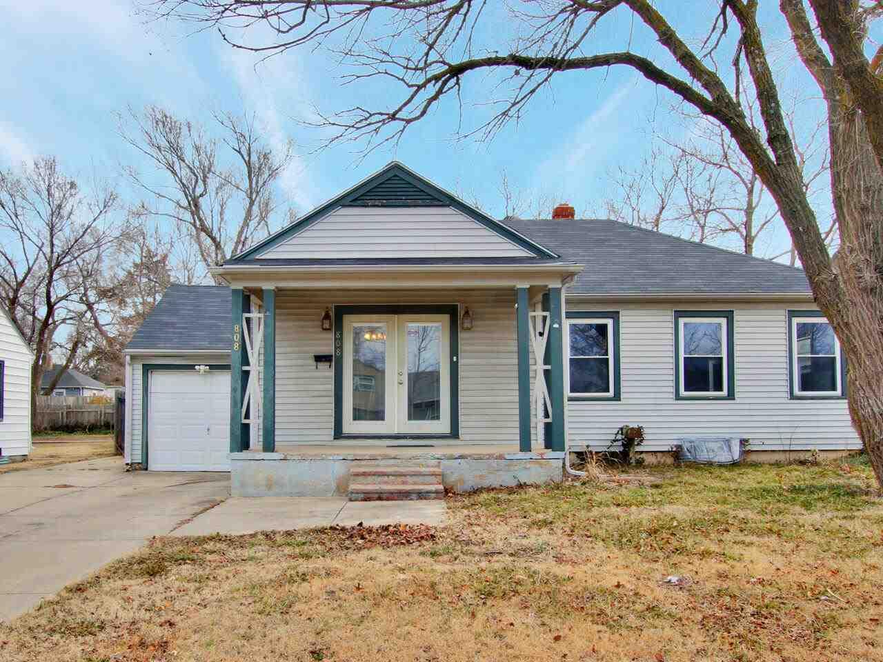 808 N Old Manor Rd, Wichita, KS, 67208