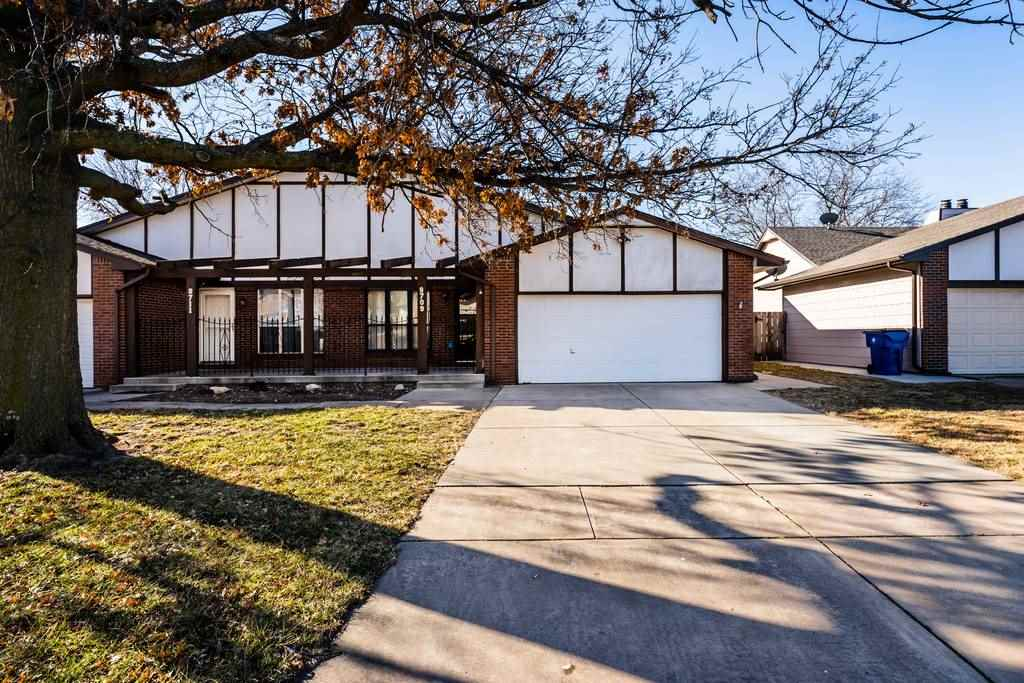 Welcome home to this spacious 3bed/2bath/2car twin home in east Wichita, perfect for a first time bu