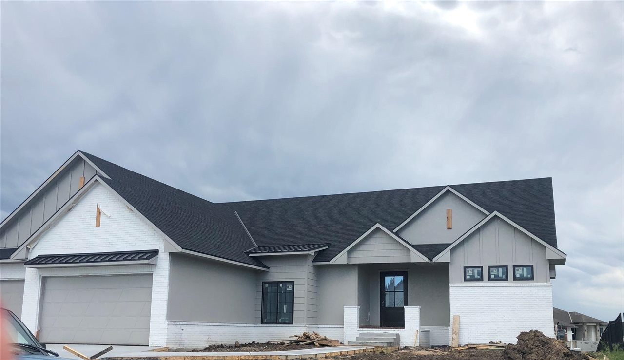 New Sharp home under construction and ready for a buyer. Move in ready early June.  The Summerset Fa
