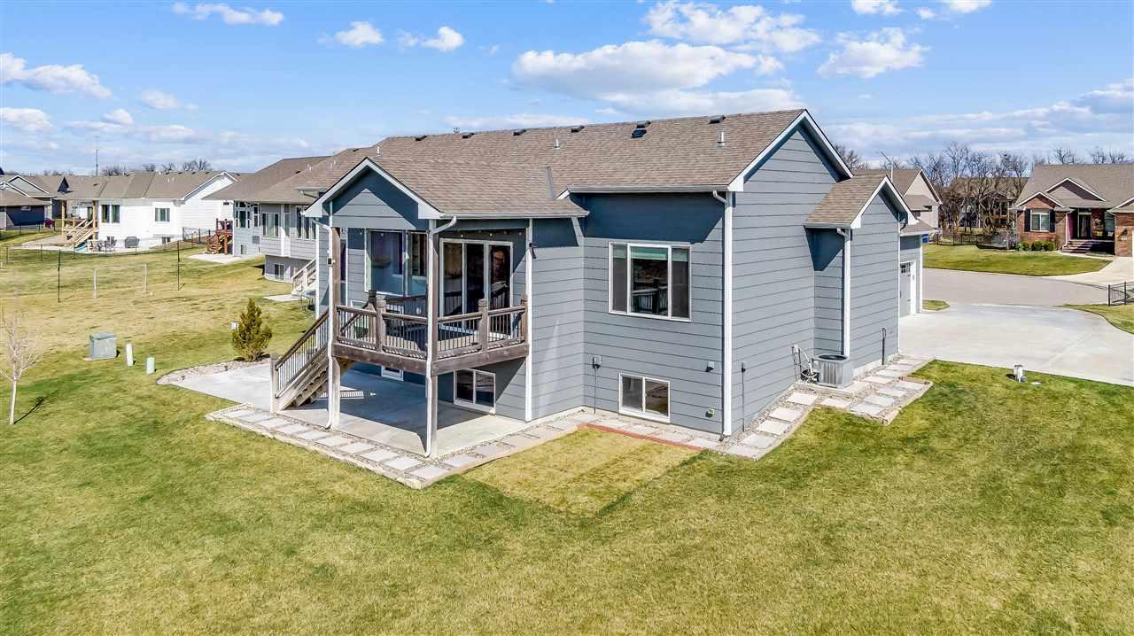 For Sale: 2305 N Lakeside Cir, Andover KS