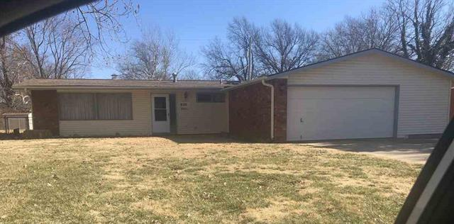 For Sale: 820 N Crestline Ave, Wichita KS
