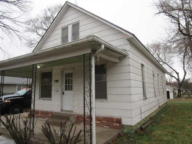 For Sale: 720 E 1ST ST, Newton KS