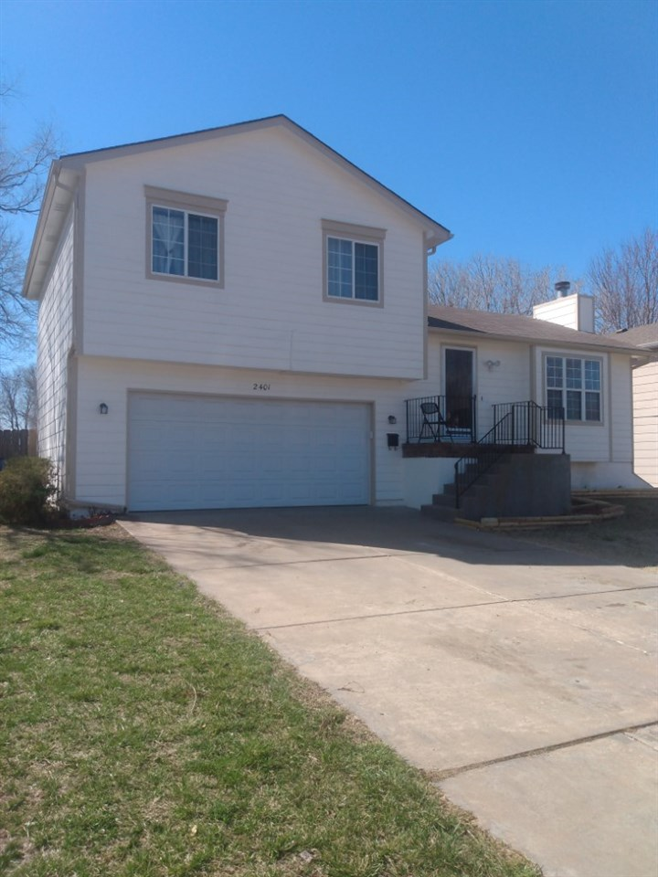 Check out this newly painted, interior and exterior, well-maintained home, with fenced backyard. This 3 bedroom and 2.5 bath home is located in the highly sought after Beacon Hill area. Won't last long!