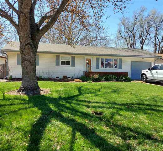 For Sale: 1335 N El Paso Dr, Derby KS