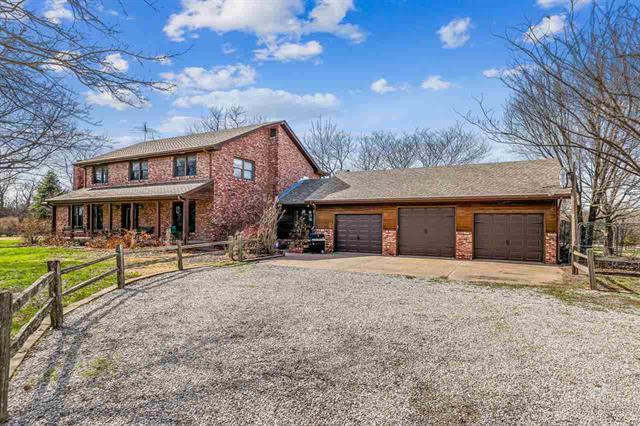 For Sale: 1221 N River Road, Mulvane KS