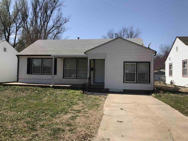 For Sale: 1737 S VOLUTSIA AVE, Wichita KS