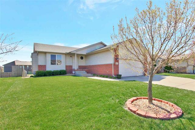 For Sale: 2407 E Kite St, Wichita KS