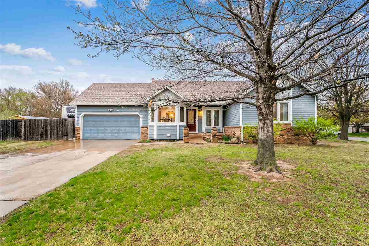 BACK ON THE MARKET! Buyer's financing fell through!  3 BEDS (with potential for a 4th non-conforming