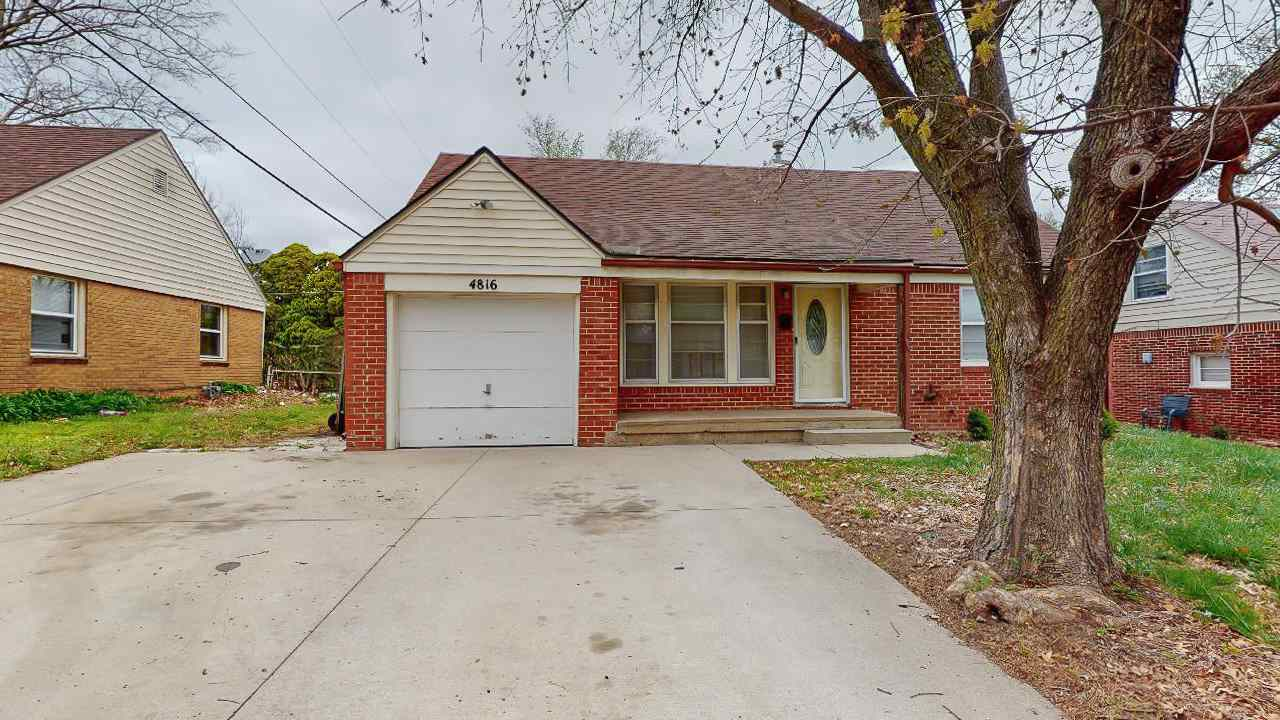 Charming, all brick, 3 bedroom, 1 bathroom home just South of Kellogg on Oliver! Enjoy beautiful lam