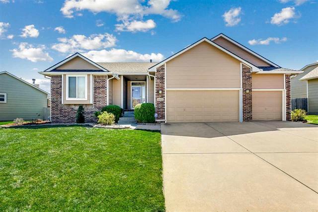 For Sale: 10609 E Mainsgate St, Wichita KS