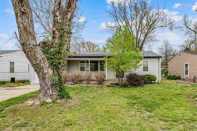 For Sale: 1230 N Helen St, Augusta KS