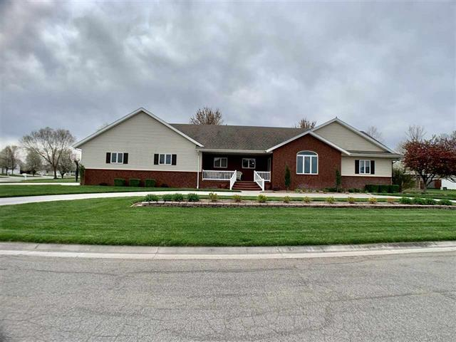 For Sale: 210  Taylor Ct, Moundridge KS