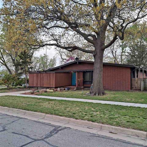 For Sale: 1123 N High St, Wichita KS