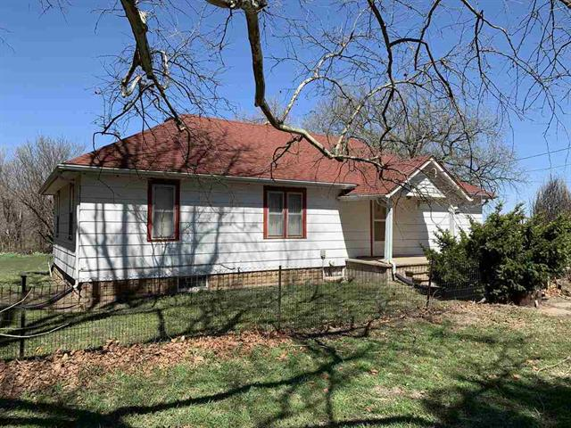 For Sale: 27004 S Halstead St, Pretty Prairie KS