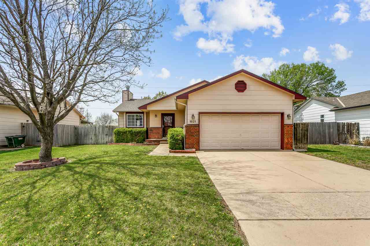 Welcome Home! This 4 bed, 3 bath home in desired Maize school district is ready for you! As you ente