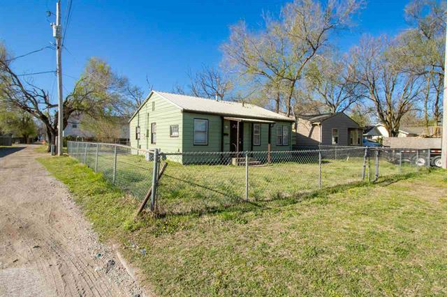 For Sale: 1117 W MERTON ST, Wichita KS