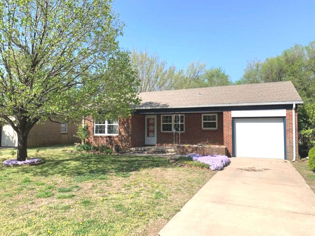 1115 N Derby Ave, Derby, KS, 67037