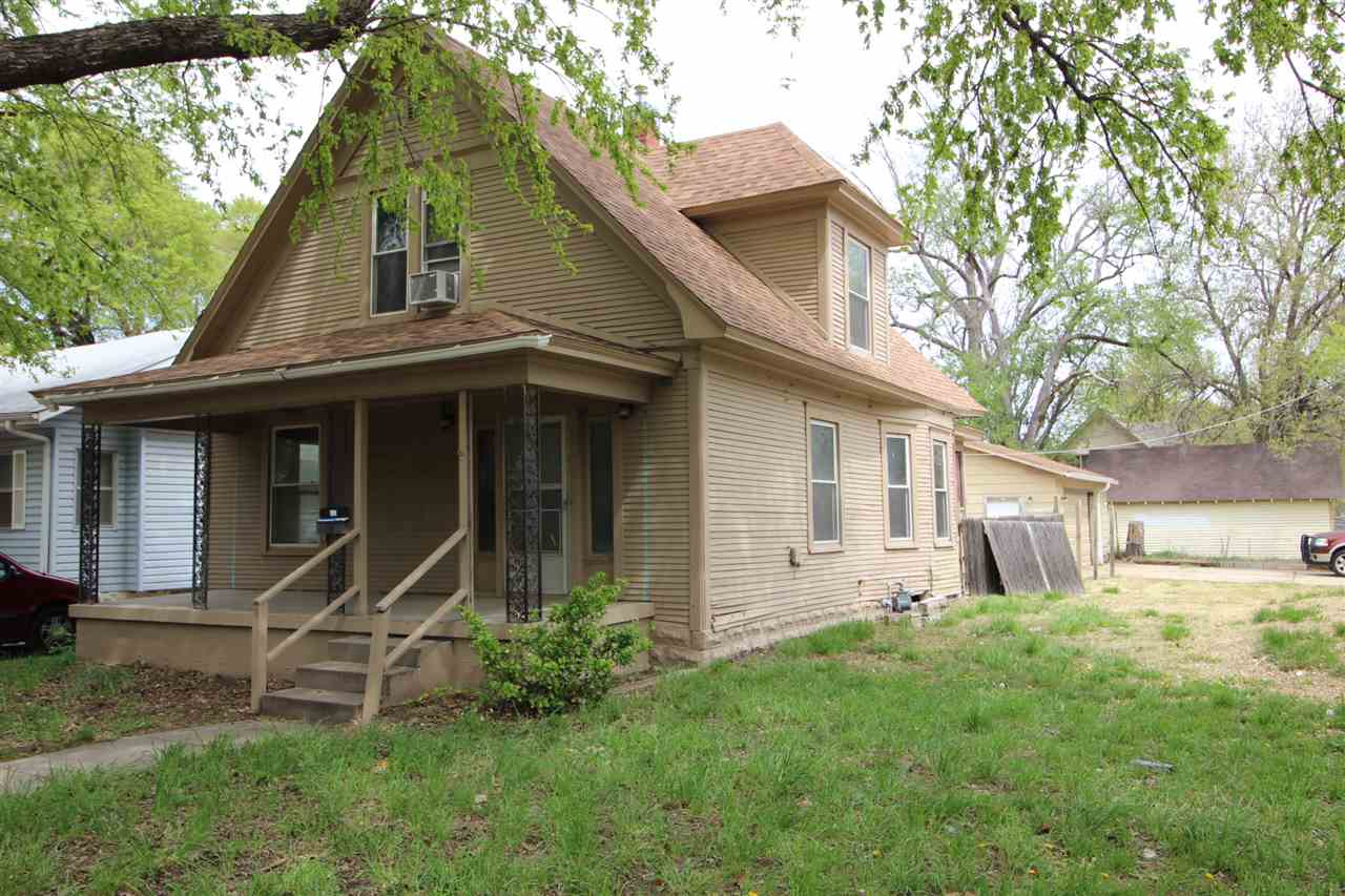 Investors special needs some TLC! This spacious, 3 bedroom, 1.5 bath home has a large corner lot and