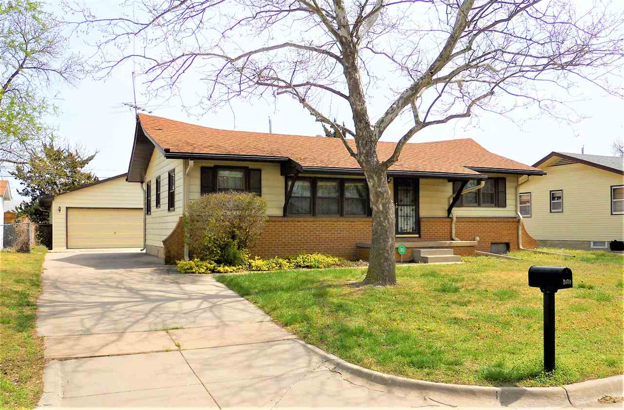 Well maintained home & you have to see it to believe it! 3 bedrooms, 1 bath, the addition with vault