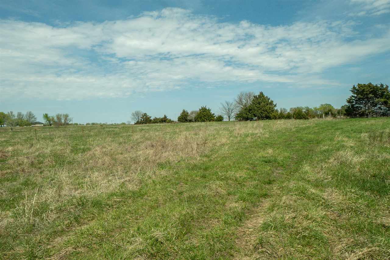 For Sale: 27.7 +/-  Acres at E. K268 HWY, Lyndon KS