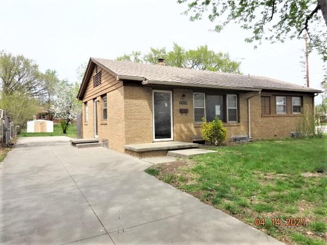 For Sale: 7920  WATSON LN, Wichita KS
