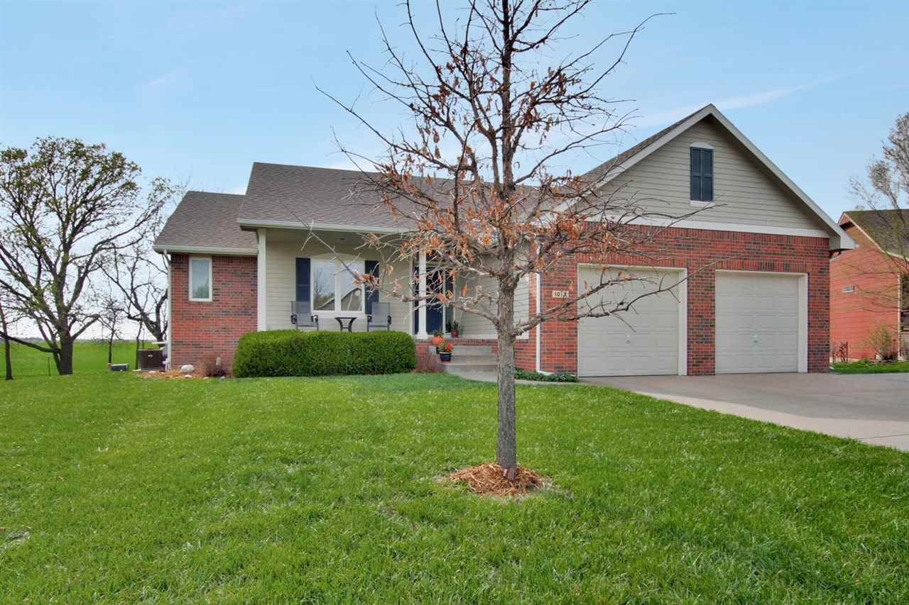 Custom built home, beautifully maintained on Newton's NW side. This seller thought of everything! Wh