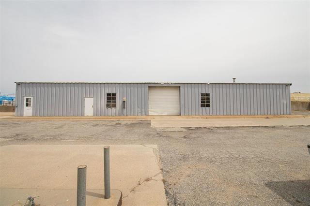 For Sale: 702 E C Ave, Kingman KS