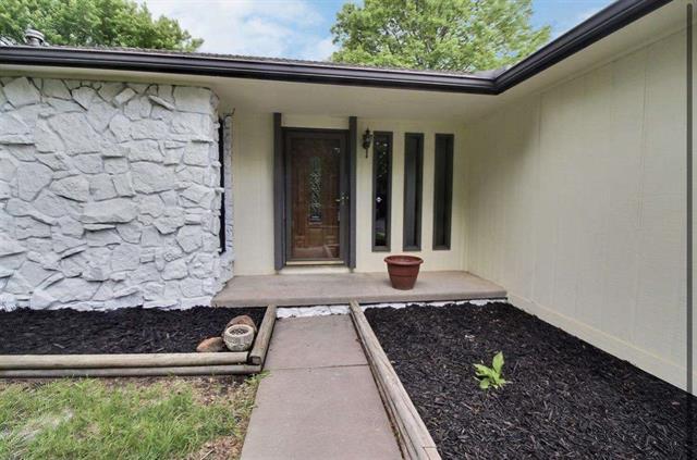 For Sale: 9917 W Dubon St, Wichita KS