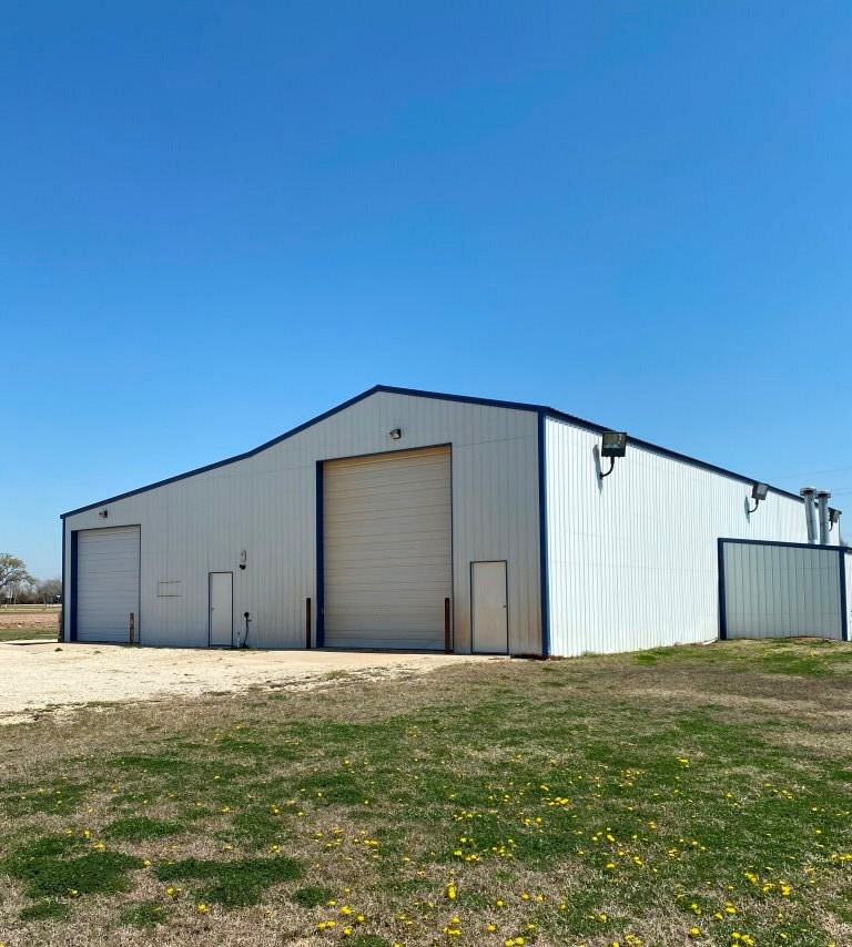 887 Frontage Rd, Harper, KS, 67058