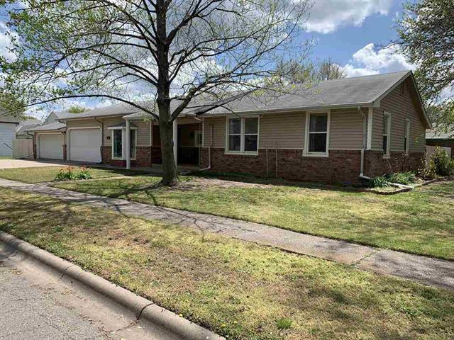 For Sale: 425 W 2nd Ave, Cheney KS