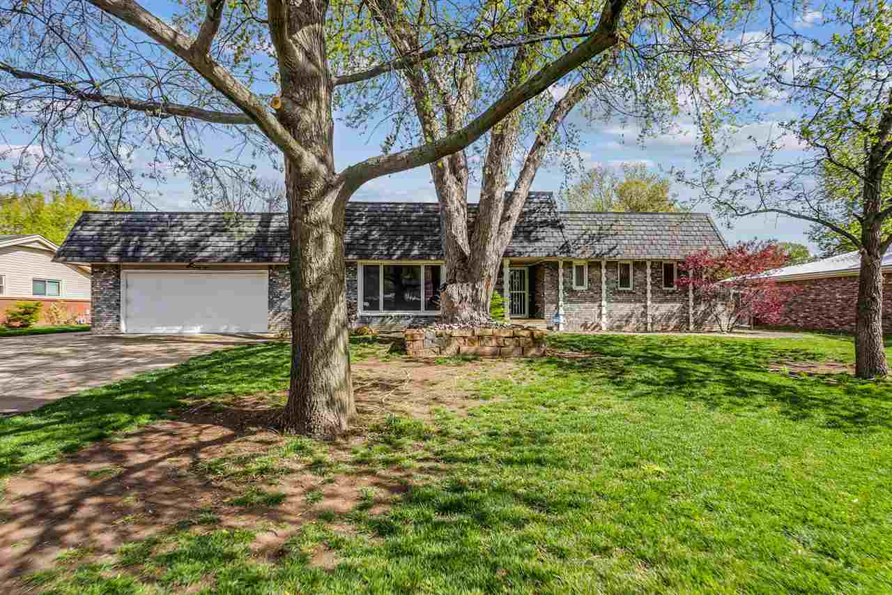 PROFESSIONAL PHOTOS COMING SOON! Spacious 4 bedroom 3.5 bath ranch within the Goddard School Distric